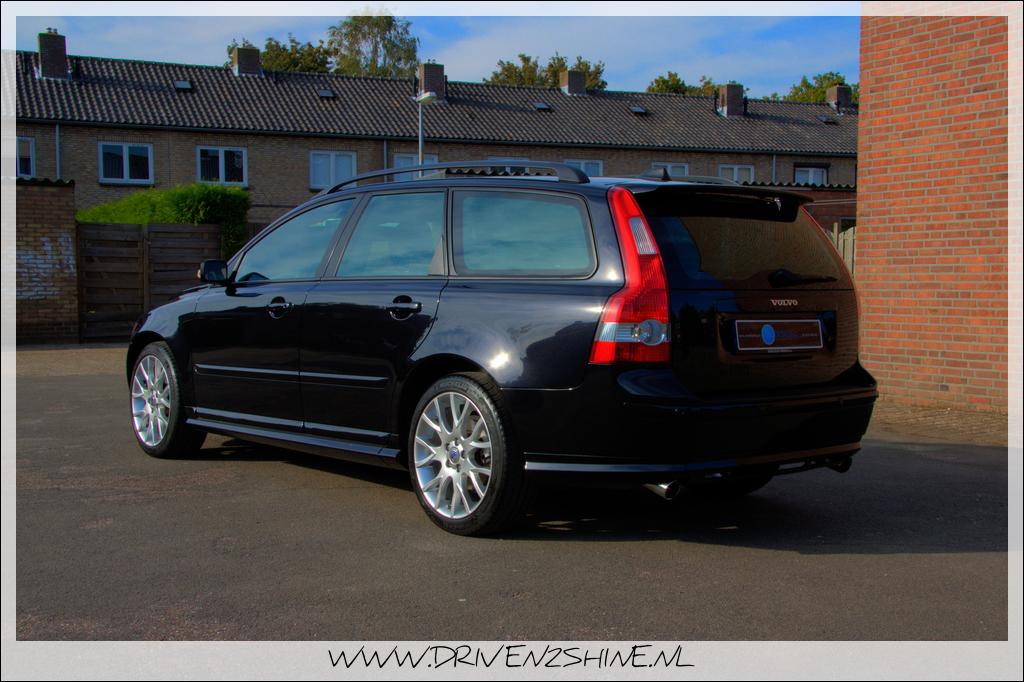 Volvo V50 T5 Zwart 2006 | Driven2Shine