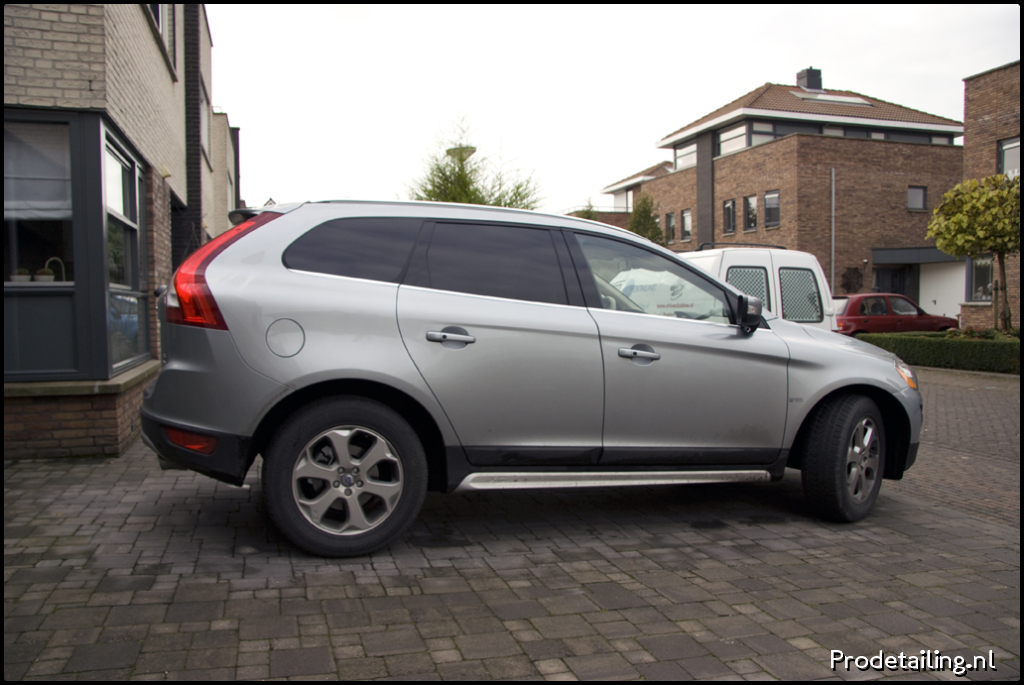 volvo xc60 summum zilver d5 205pk gt awd 2009 driven2shine. Black Bedroom Furniture Sets. Home Design Ideas